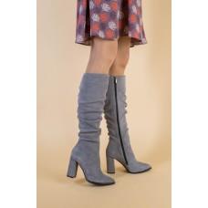 Демисезонные замшевые серые женские сапоги на каблуке 40