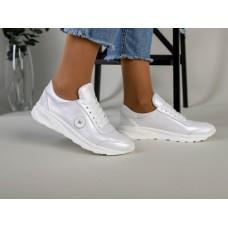 Женские кожаные кроссовки белые перламутровые, с белыми шнурками 36
