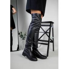 Демисезонные черные кожаные ботфорты