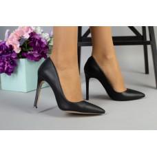Туфли-лодочки женские кожаные черные на шпильке