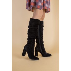 Демисезонные черные замшевые женские сапоги на каблуке 40