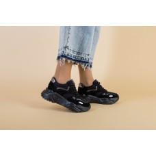 Женские черные замшевые кроссовки с вставками сетки на масивной подошве